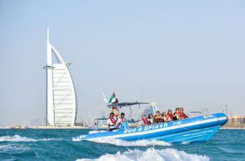 تور دبی گردش با قایق
